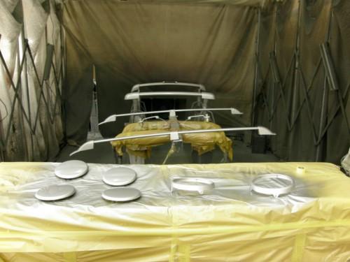 シルバーパーツはまとめて塗装が行われた