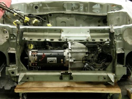 EV-FIGARO モータールーム