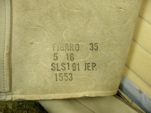 FIGAROは裏面もすべて本革製