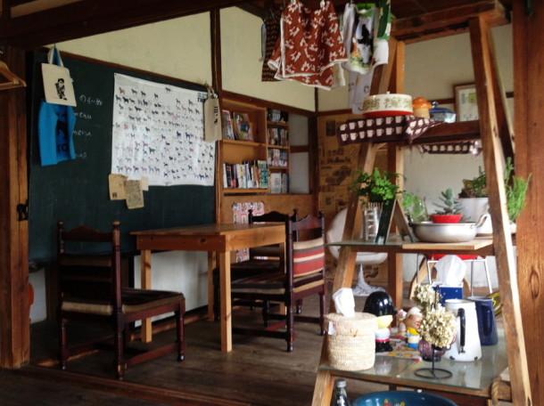 昭和の雰囲気漂うお洒落なカフェ
