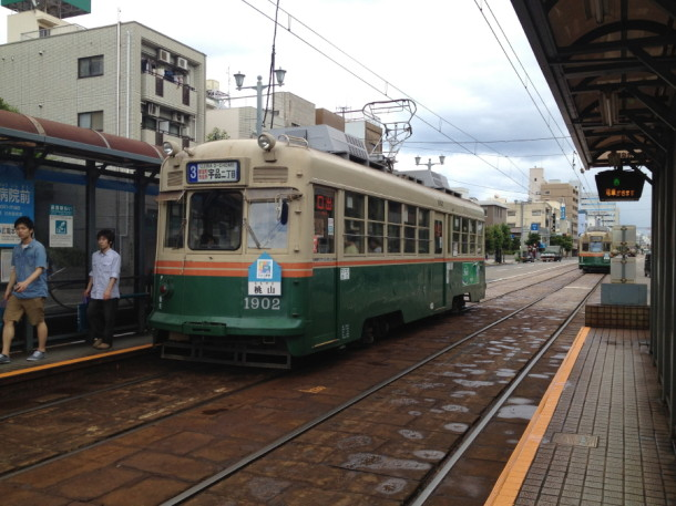 広島は裏面電車世界一