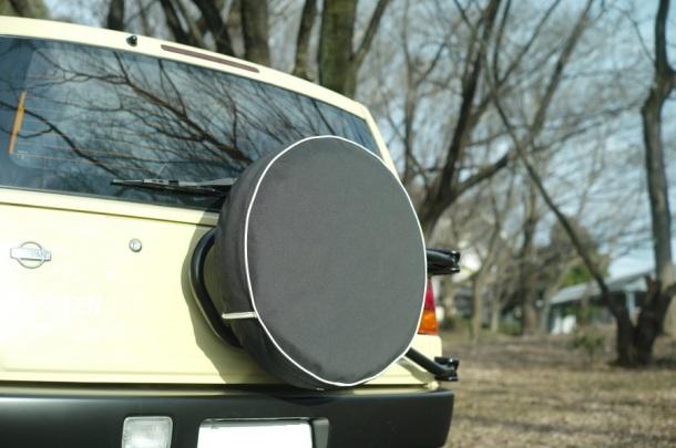 カンパミアーター製 タイヤカバー