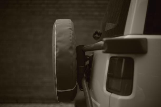 背面タイヤステー